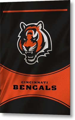 Cincinnati Bengals Uniform Metal Print by Joe Hamilton