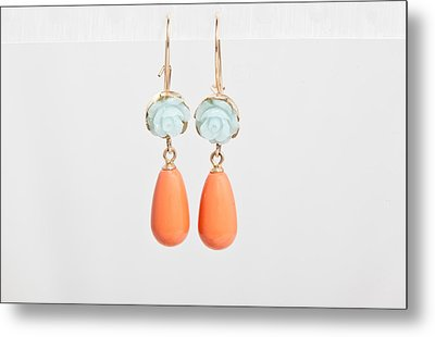 Free Shipping Idit Stern Roses And Pearls Earrings Metal Print by Idit Stern