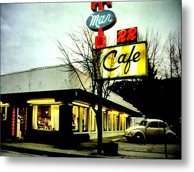 I Went For Breakfast At The Double R Metal Print by Luis Ludzska