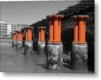 London Thames Bridges Metal Print by David French