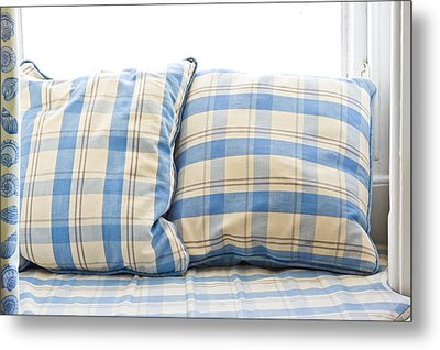Cushions Metal Print by Tom Gowanlock