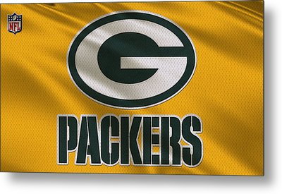 Green Bay Packers Uniform Metal Print by Joe Hamilton