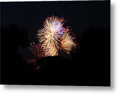 4th Of July Fireworks - 011320 Metal Print by DC Photographer
