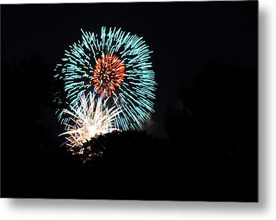 4th Of July Fireworks - 011331 Metal Print by DC Photographer