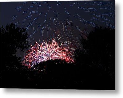 4th Of July Fireworks - 01135 Metal Print by DC Photographer