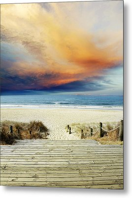 Beach View Metal Print by Les Cunliffe