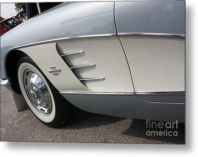 61 Corvette-grey-sidepanel-9241 Metal Print by Gary Gingrich Galleries
