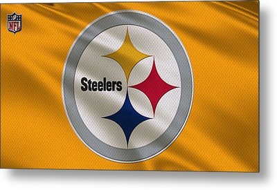 Pittsburgh Steelers Uniform Metal Print by Joe Hamilton