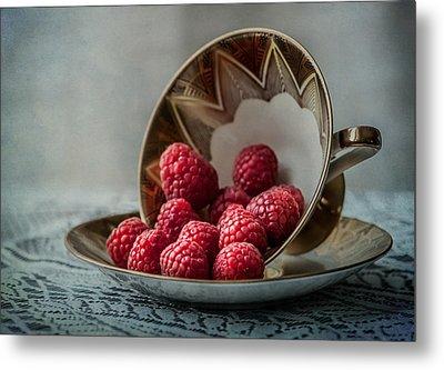 A Cupfull Of Raspberries Metal Print by Maggie Terlecki