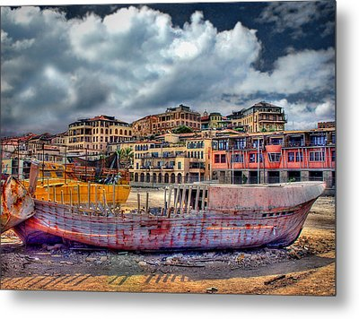 A Genesis Sunrise Over The Old City Metal Print by Ronsho