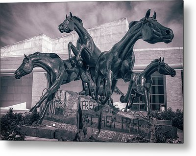 A Monument To Freedom II Metal Print by Joan Carroll