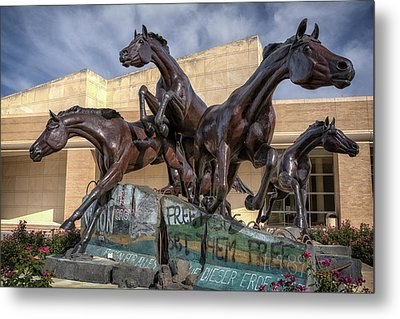 A Monument To Freedom Metal Print by Joan Carroll