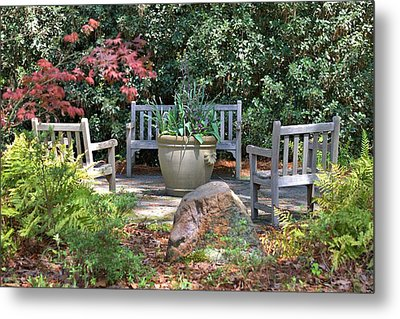 A Quiet Place To Meet Metal Print by Gordon Elwell