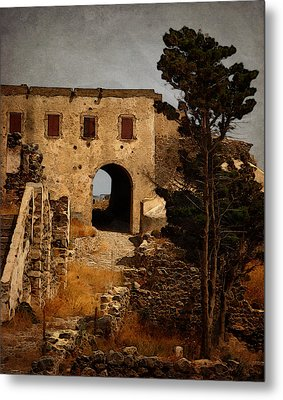 Abandoned Castle Metal Print by Christo Christov
