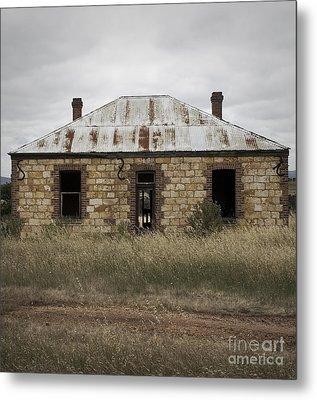 Abandoned Home Metal Print by Kelly Jones