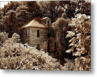 Abandoned In Time Metal Print by Melissa Petrey