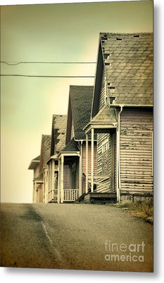 Abandoned Shacks Metal Print by Jill Battaglia