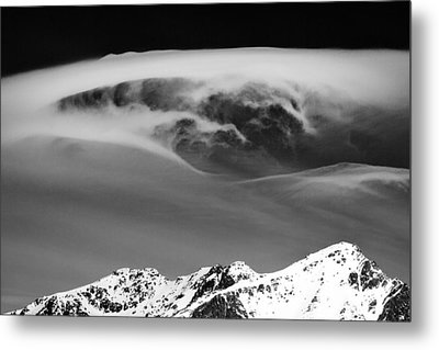 Above The Peaks Metal Print by Dave Bowman