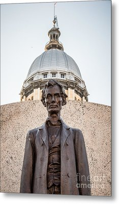 Abraham Lincoln Statue At Illinois State Capitol Metal Print by Paul Velgos