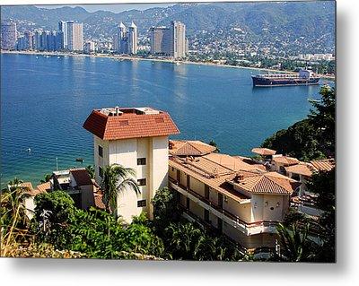 Acapulco Bay Architecture Metal Print by Linda Phelps