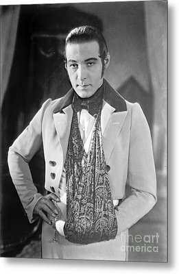 Actor Rudolph Valentino 1925 Metal Print by Padre Art