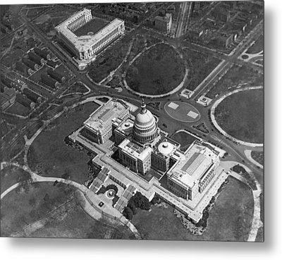 Aerial View Of U.s. Capitol Metal Print by Underwood Archives