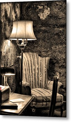 Al Capone's Easy Chair - Eastern State Penitentiary Metal Print by Bill Cannon