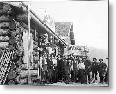 Alaskan Gold Miners Town Metal Print by Underwood Archives