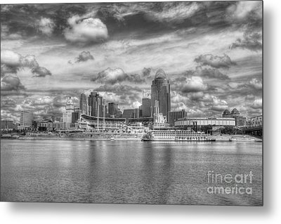 All American City 2 Bw Metal Print by Mel Steinhauer