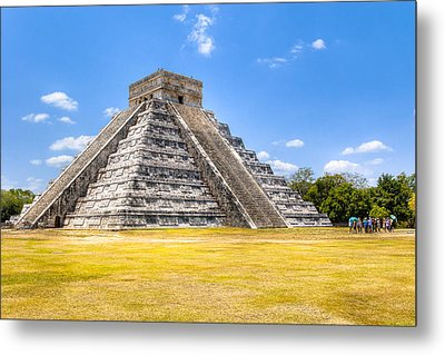 Amazing Mayan Pyramid At Chichen Itza Metal Print by Mark Tisdale