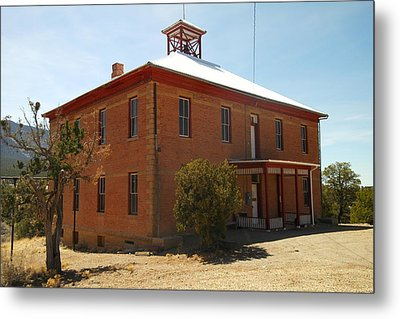 An Old School In White Oaks New Mexico Metal Print by Jeff Swan