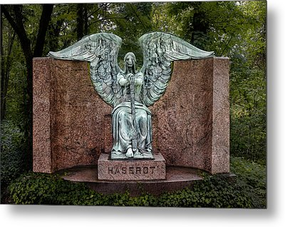 Angel Of Death Lake View Cemetery Metal Print by Tom Mc Nemar