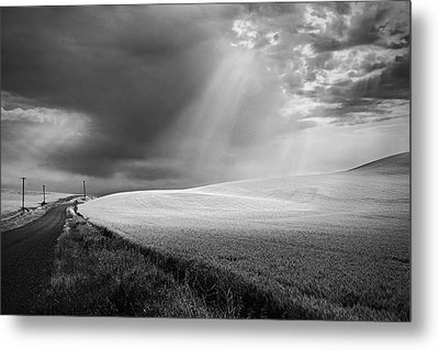 Approaching Storm Metal Print by Latah Trail Foundation