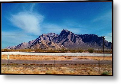 Arizona - On The Fly Metal Print by Glenn McCarthy Art and Photography