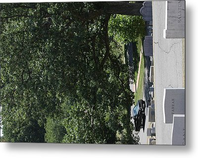 Arlington National Cemetery - 121232 Metal Print by DC Photographer