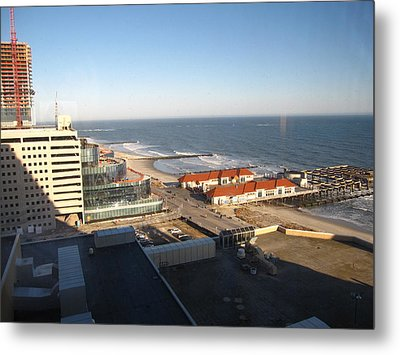 Atlantic City - 01133 Metal Print by DC Photographer