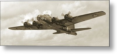 B-17 Flying Fortress Metal Print by Mike McGlothlen
