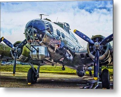 B17 Bomber Yankee Lady Metal Print by Thomas Woolworth