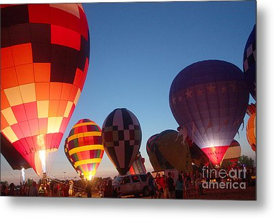 Balloon-glow-7783 Metal Print by Gary Gingrich Galleries