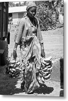 Banana Harvest Metal Print by Underwood Archives