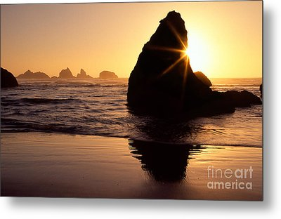 Bandon Golden Moment Metal Print by Inge Johnsson