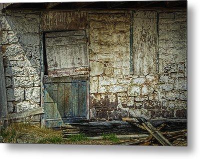 Barn Door Metal Print by Joan Carroll
