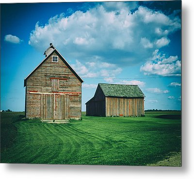 Barns In Illinois Metal Print by Mountain Dreams