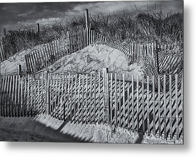 Beach Fence Bw Metal Print by Susan Candelario