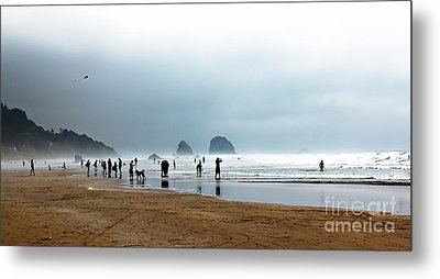 Beach Fun At Ecola  Metal Print by Robert Bales