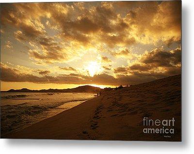 Beach Sunset Metal Print by Cheryl Young