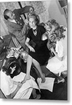 Beauty Salon Glamorizing Metal Print by Underwood Archives