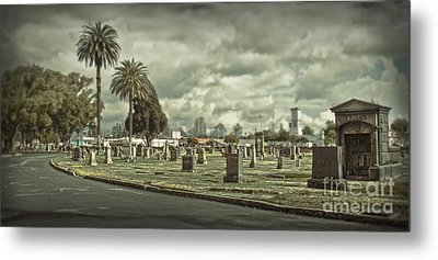Bellevue Cemetery Crypt - 02 Metal Print by Gregory Dyer
