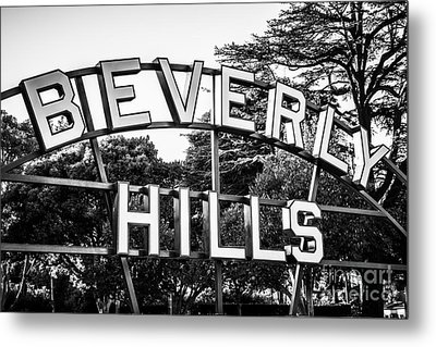 Beverly Hills Sign In Black And White Metal Print by Paul Velgos