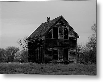 Black And White Forlorned Metal Print by Jeff Swan